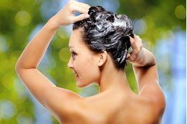 Comment protéger ses cheveux lors du shampoing ?