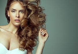 Des cheveux denses et plein de volume !